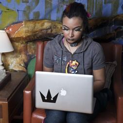 Crown Symbol - Kingdom Hearts - Apple Macbook Laptop Decal